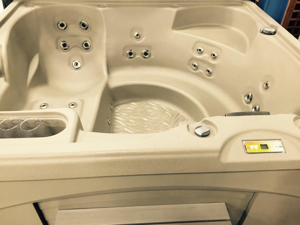 Entice Fantasy Spas Used Hot Tubs Canada
